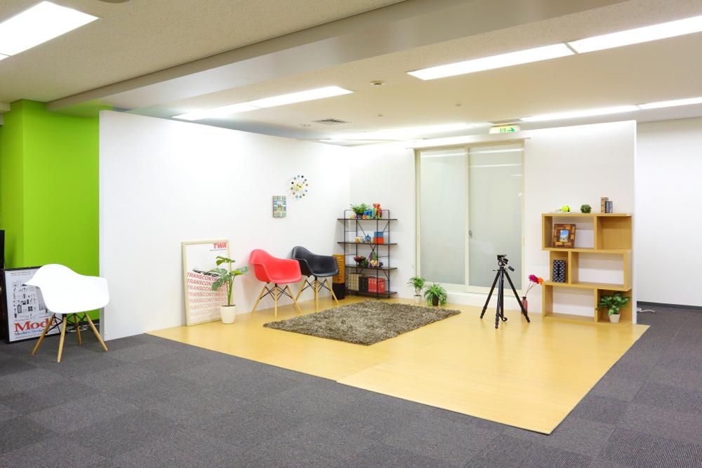 イーナ様 WEBマーケティング、WEBサイト構築、EC事業等 [堺筋本町]のオフィス内装・外装情報